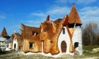 Un hotel da favola fatto di argilla e sabbia